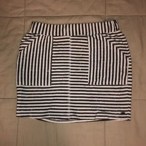 O'NEILL black and white striped pencil skirt XS